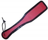 Rot/Schwarzes Lederpaddel mit einer Lackumrandung